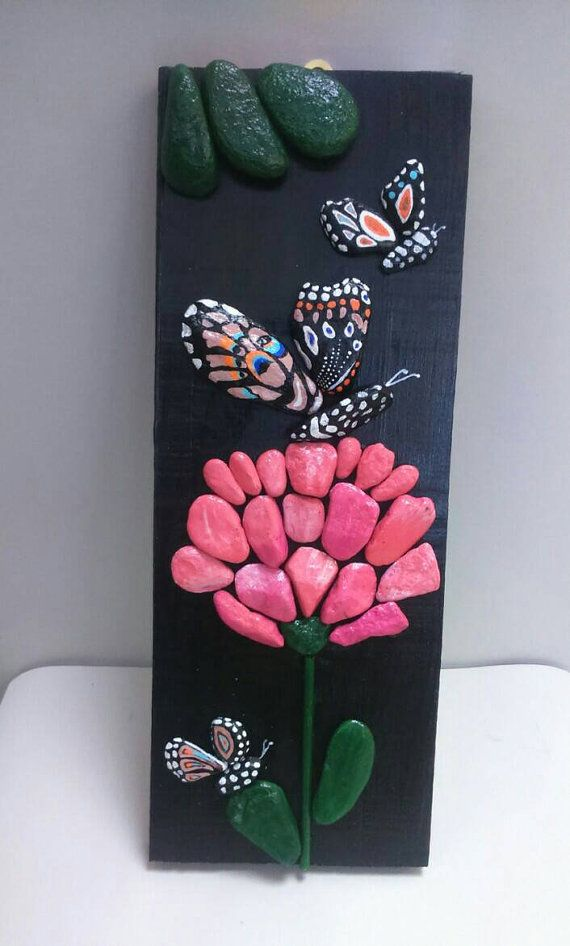 Pebble Art Butterfly Pink Flower Stone Art Beach por StefArtStone