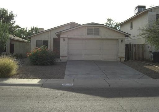Property Management Company is well versed with Arizona Residential Landlord and Tenant Act, for which one can rely upon for property needs.  http://www.redhawkpm.com/arizona-property-management/