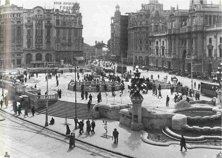 Plaza del Ayuntamiento alrededor 1940