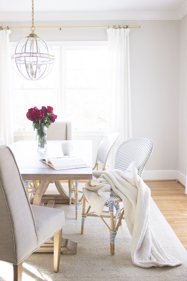 Best 20 bright dining rooms ideas on pinterest for Bright dining room ideas
