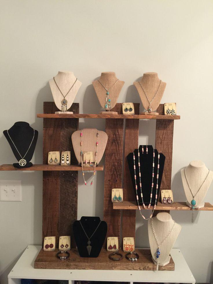 80 best craft show market day and flea market display - Expositores para bisuteria ...