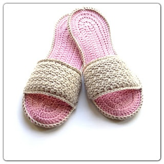 Annoos Crochet World: Happy Moms Day Spa Slippers Free Pattern (complete tutorial with pictures ♥)