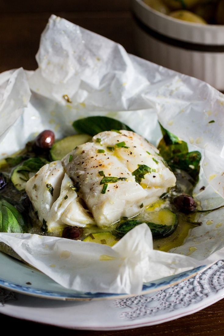 In this quick and easy recipe, Louise Robinson serves Skrei cod en papillote, an ideal midweek meal recipe that is so elegant it could even be served at a dinner party.