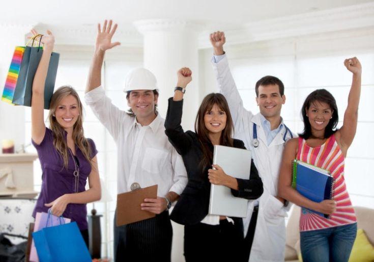 8 Tipps fürs Azubi-Recruiting: Wie gehen gelungene Azubi-Stellenanzeigen? #Jobsuche_Recruiting #Employer_Branding_Recruiting_Personalwesen_HR #Jobbörsen_Jobmessen_Stellenanzeigen #Schule_Ausbildung #Job #Application #Jobhunting #Career #CV  - Der Azubi-Mangel ist in aller Munde. Während die Zahl der Studienanfänger explodiert, suchen die Betriebe händeringend nach Auszubildenden. 8 Tipps fürs Azubi-Recruiting.   - All posts available in English too. Top500 & biggest E