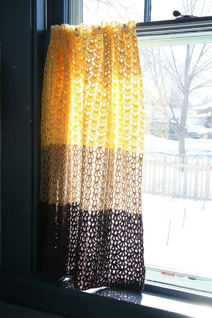 Ravelry: Cafe Curtain pattern by Nicki Trench with Zara Poole
