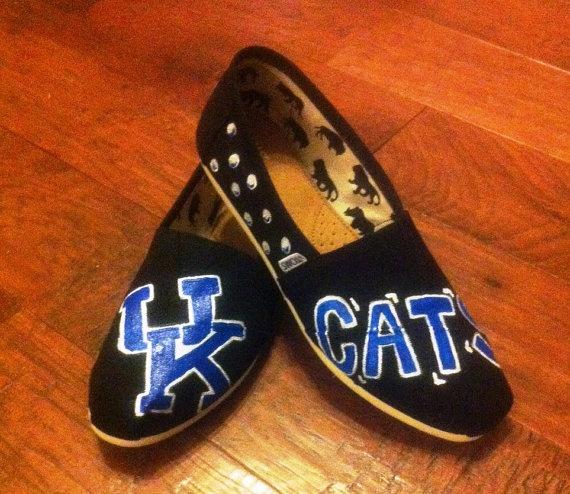 University Of Kentucky Handpainted Toms Love My Uk