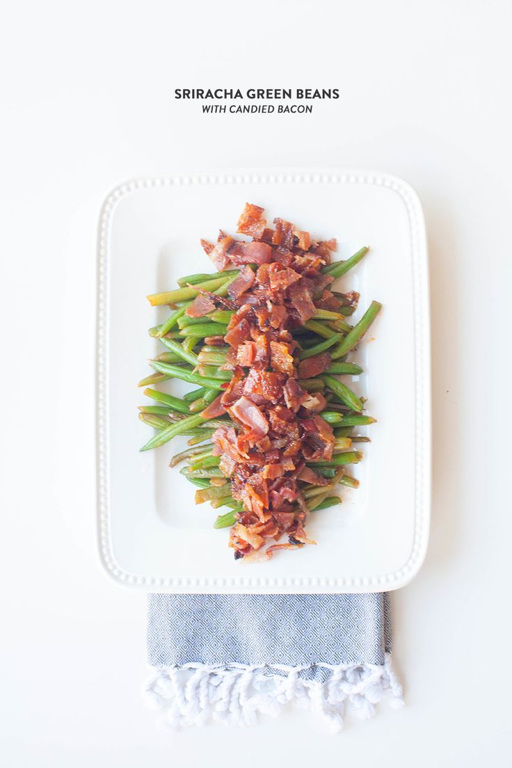 Amazing Thanksgiving Sides: Siracha Green Beans with Candied Bacon Read More: http://www.stylemepretty.com/living/2014/11/19/amazing-thanksgiving-sides-sriracha-green-beans-with-candied-bacon/