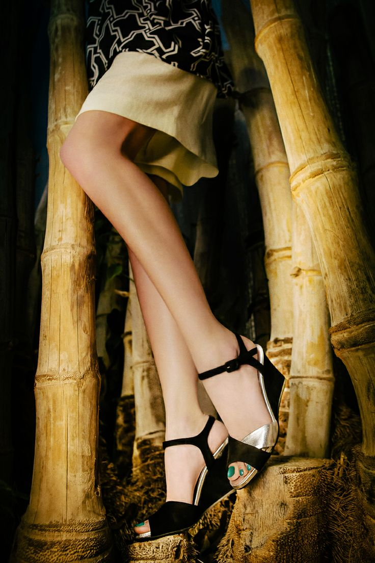 Black & silver crush ... #sandal #pasderouge #black #silver