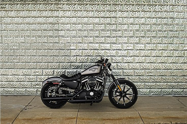 2017 Sportster® Iron 883™ Gallery   Harley-Davidson USA