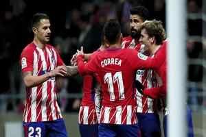 El Atleti le ha remontado seis puntos al Barça en cuatro jornadas: El Atlético de Madrid encara la 'final' del Camp Nou en una tendencia…