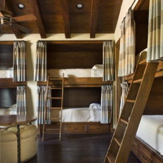 Wow guest quarters: Rustic Bedrooms, Bunk Beds, Bedrooms Photos, Lakes Houses, Architecture Interiors, Bunk Rooms, Guest Rooms, Bunkroom, Kids Rooms