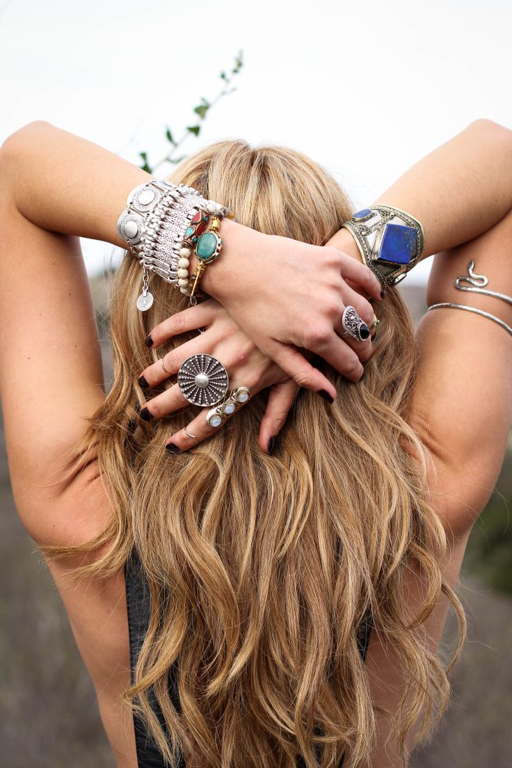 St. Eve Jewelry I want that lapis bracelet!