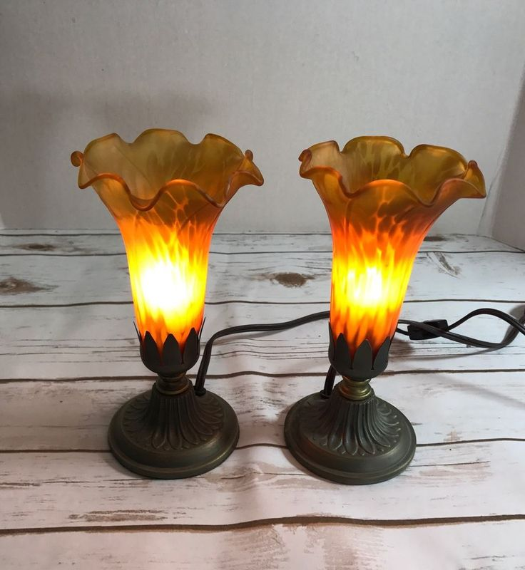 PAIR TIFFANY STYLE TULIP ART NOUVEAU Mission  LAMP Retro