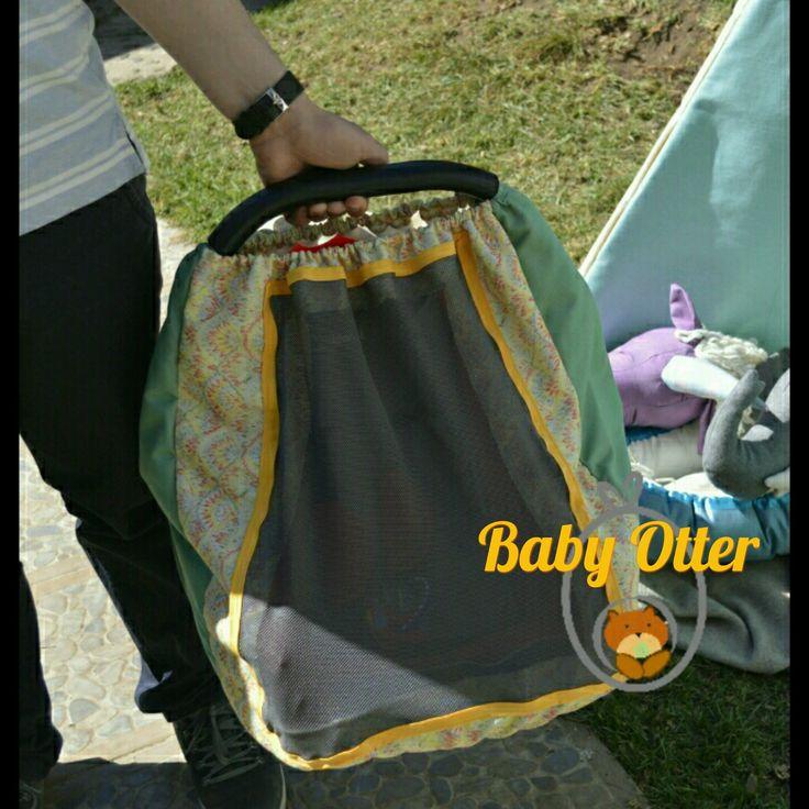 cubrehuevito de verano.  Protege a tu bebé del sol, mosquitos y viento!!  Modelo Jumbo, adaptables a todos los huevitos del mercado.  Respirable. Lavable. Personalizable. Adorable.