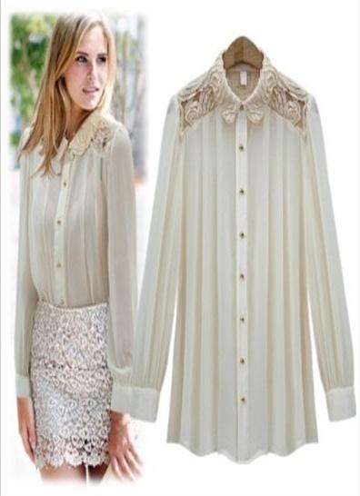 Engel skjorte Sommerlig skjorte med fine detaljer. Skjorten er i plissert stoff, med blondedetaljer i krage- og skulderpartiet. Den har gullfargede knapper for lukking foran, og på ermene.  Farge: Off-white