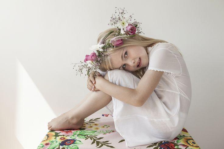 Editorial: Flowergirl - www.petitloublog.com