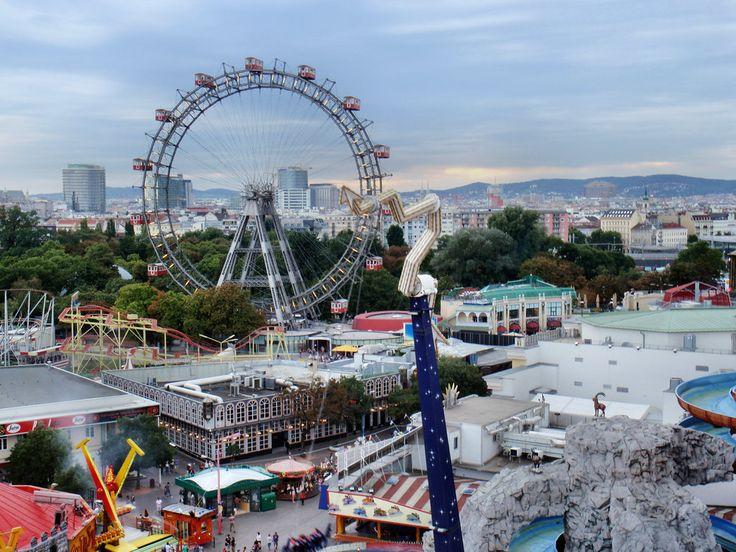 Der Wiener Prater - Vienna's amusement park with the famous ferris wheel