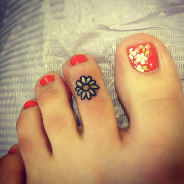 8 best toe ring tattoos images on pinterest toe ring for Toe tattoos pinterest