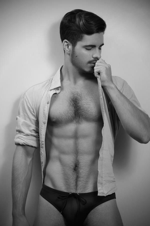 Профессиональный фото голых моделей парней моему