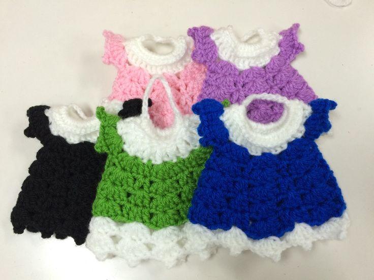 アクリルたわし【エプロンドレス】の作り方|編み物|編み物・手芸・ソーイング|作品カテゴリ|ハンドメイド、手作り作品の作り方ならアトリエ