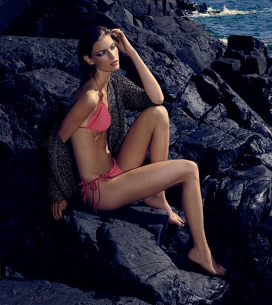 Fabulous Square Silk String Bikini from the danish designer, Hanne Bloch. Elegant, light and crisp Silk String Bikini.Self-tie around the neck and back with Self-tie around the neck and back with HANNE BLOCH signature Metal beads. On sale Before: 1600 dkk. Now: 600 dkk    HANNE BLOCH signature Metal beads.    Wear it all summer - very feminine!  #silkbikini #bikini #Hannebloch #danishdesign #danishfashion #silkclothes #butikbutik #bikinisale