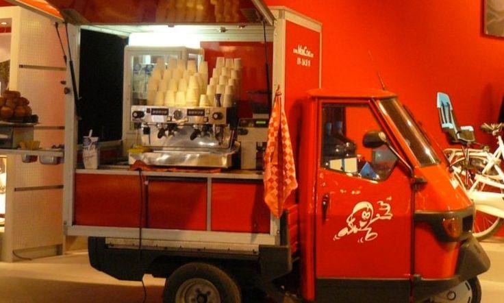 MobiCcino gegroeid van een klein rood wagentje tot een professionele organisatie.