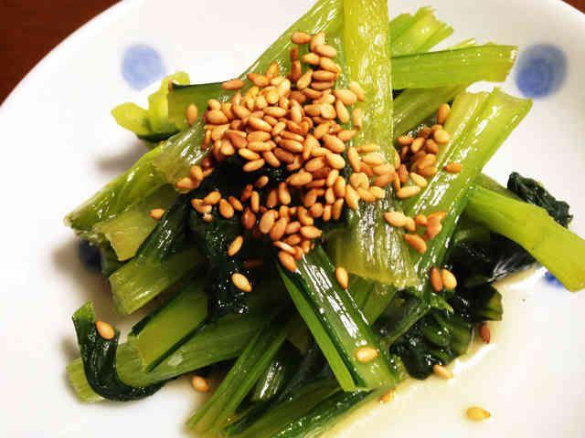 レンジで簡単!小松菜のナムル by なおやくんママ