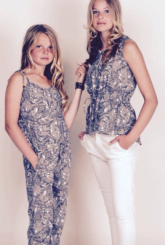 #sisters #teenfashion #bff #holysally #paisley