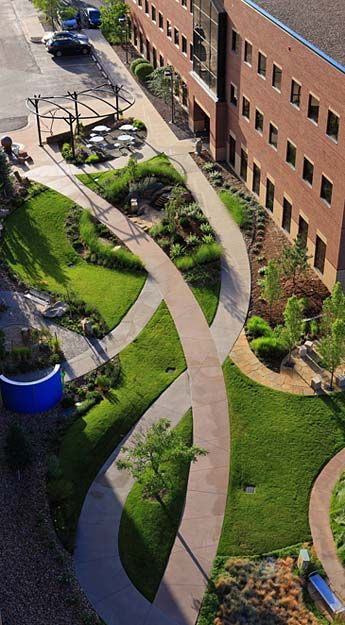The Hewit Foundation Healing Garden in California by Norris Design