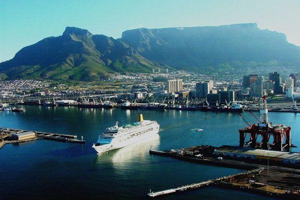 Cape Town Harbour - www.globalbuzz-sa.com/ct