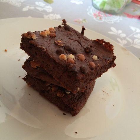 Terveelliset kaura-jugurtti browniet | Lily.fi
