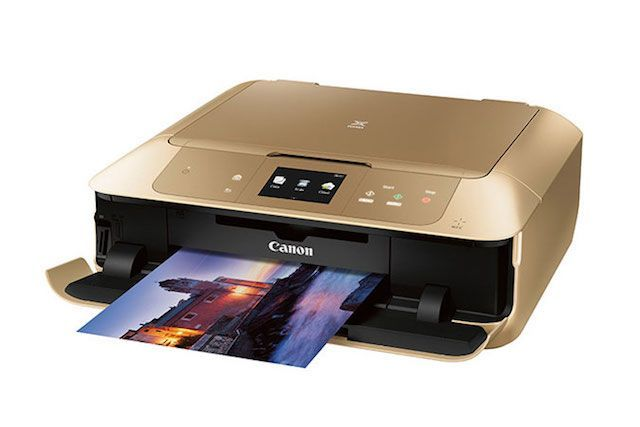 Thinking of framing a photo for your mom or dad? Buy this wireless gold photo printer on sale for $120 off its normal price. Canon Pixma MG7720 Gold Wireless, $79.99 (originally $199.99), available at Canon. #refinery29 http://www.refinery29.com/2016/11/130427/best-tech-deals-black-friday#slide-7