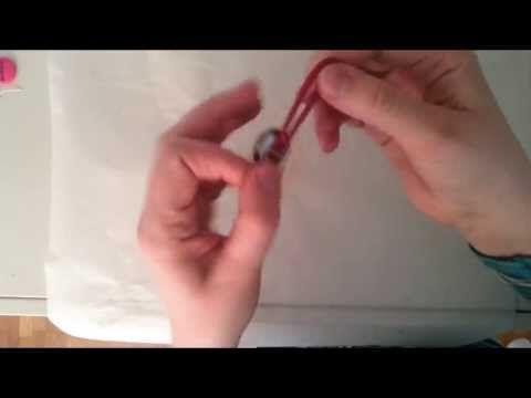 Polkkaponi - How to make button hair tie - YouTube Polkkaponi - Kuinka koristella hiuslenkki kangasnapilla.