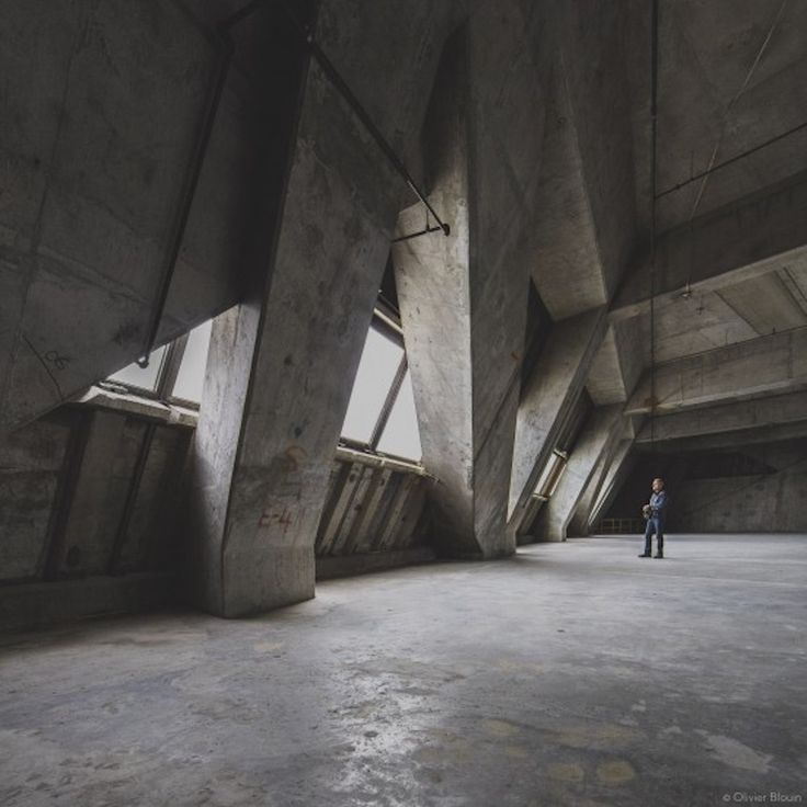 Kollectif Releases Epic Photos From Inside Montreal's Empty Olympic Tower - TOWER TRIP