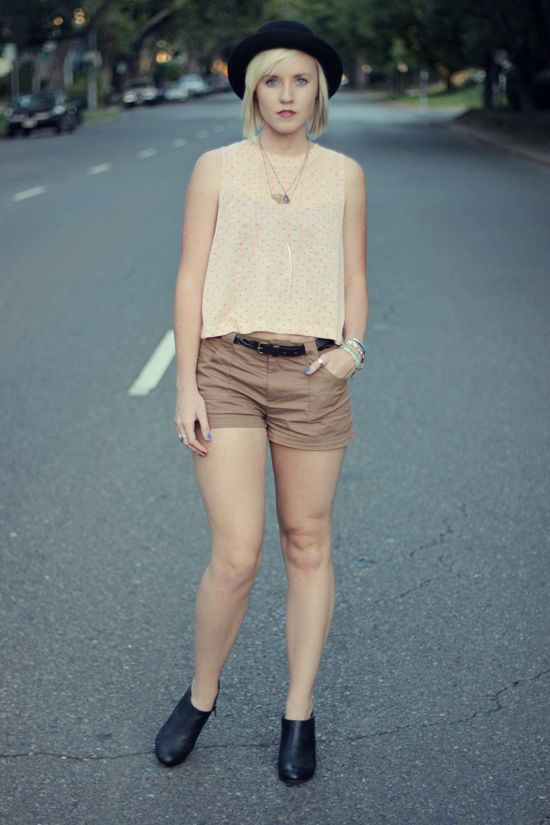bowler hat // polka dots // camel shorts // black booties // layered necklaces