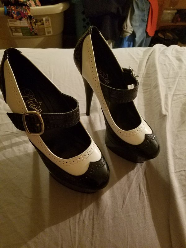 Pleasers Penny Loafer Platform Stilletos Sz 8 For Sale In Dallas Tx Penny Loafers Loafers Character Shoes