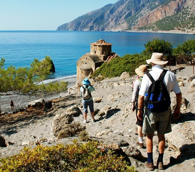 Walk to Agios Pavlos