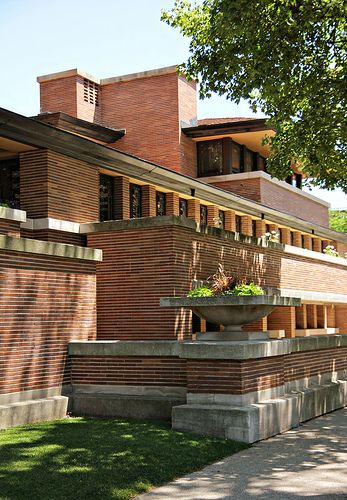 Robie House, 1909 in Hyde Park, Chicago, Illinois. Prairie Style, by Frank  Lloyd Wright.