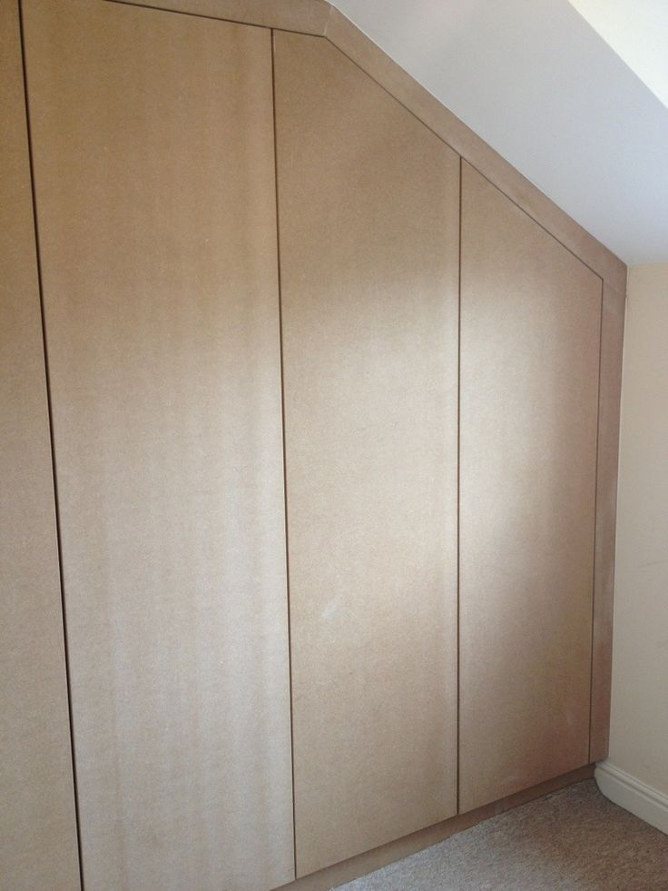 Sloping Ceiling Soverom Fitted Wardrobes Spare Room