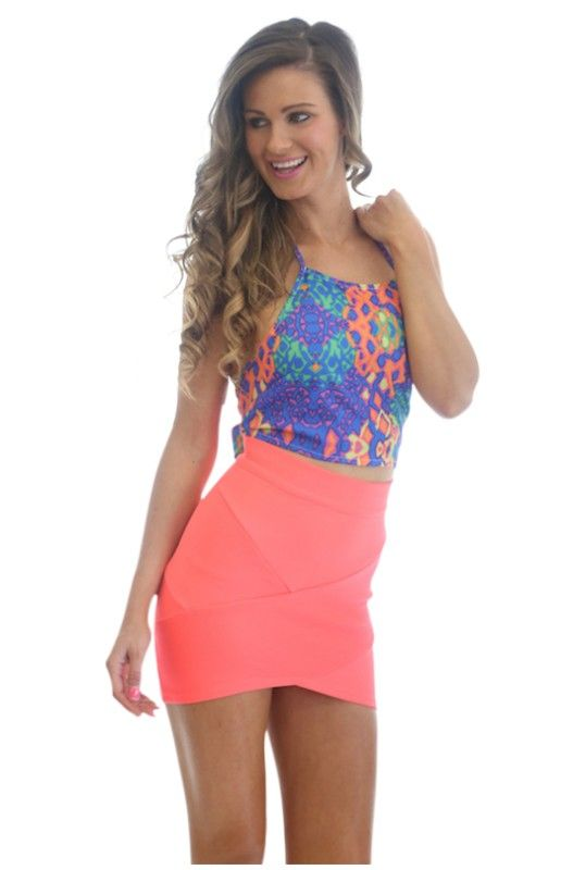 Cheap Trendy Womens Tops- Shop the latest styles and fresh new arrivals. From trendy clothes, cute dresses, sweaters, shoes & accessories.