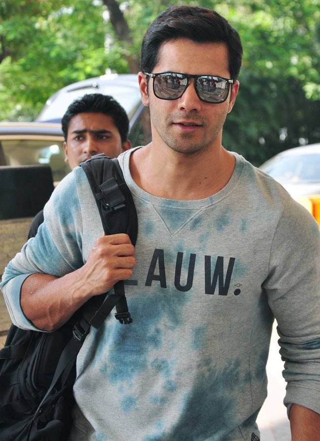 Varun Dhawan at the Mumbai airport. #Bollywood #Fashion #Style #Handsome