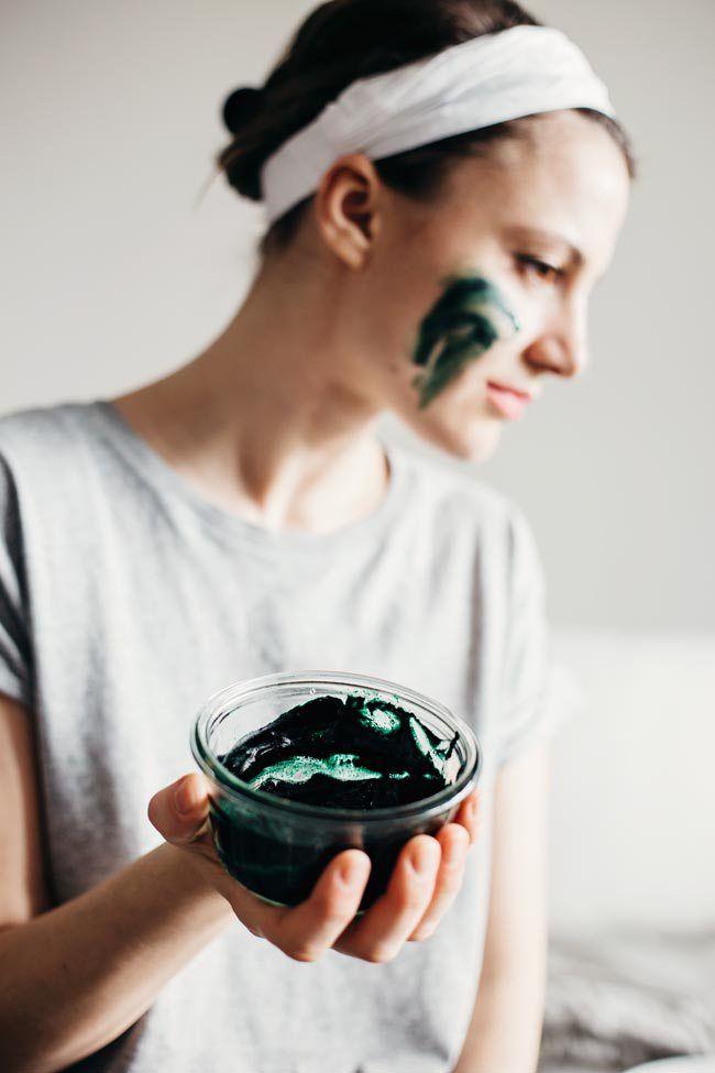 Brightening Spirulina Face Mask