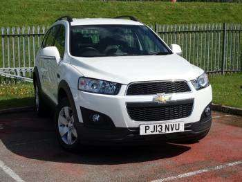 Used 2013 (13 reg) White Chevrolet Captiva 2.2 VCDi LT 5dr [7 Seats] for sale on RAC Cars