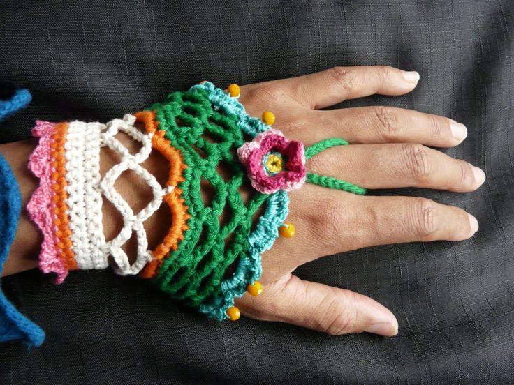 Crochet hand cuff /// crochet bohemian bracelet /// boho hippie emerald green bracelet /// crocheted cuff with  glass beads by FlowCrochet on Etsy