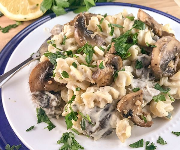 easy vegan mushroom alfredo 4
