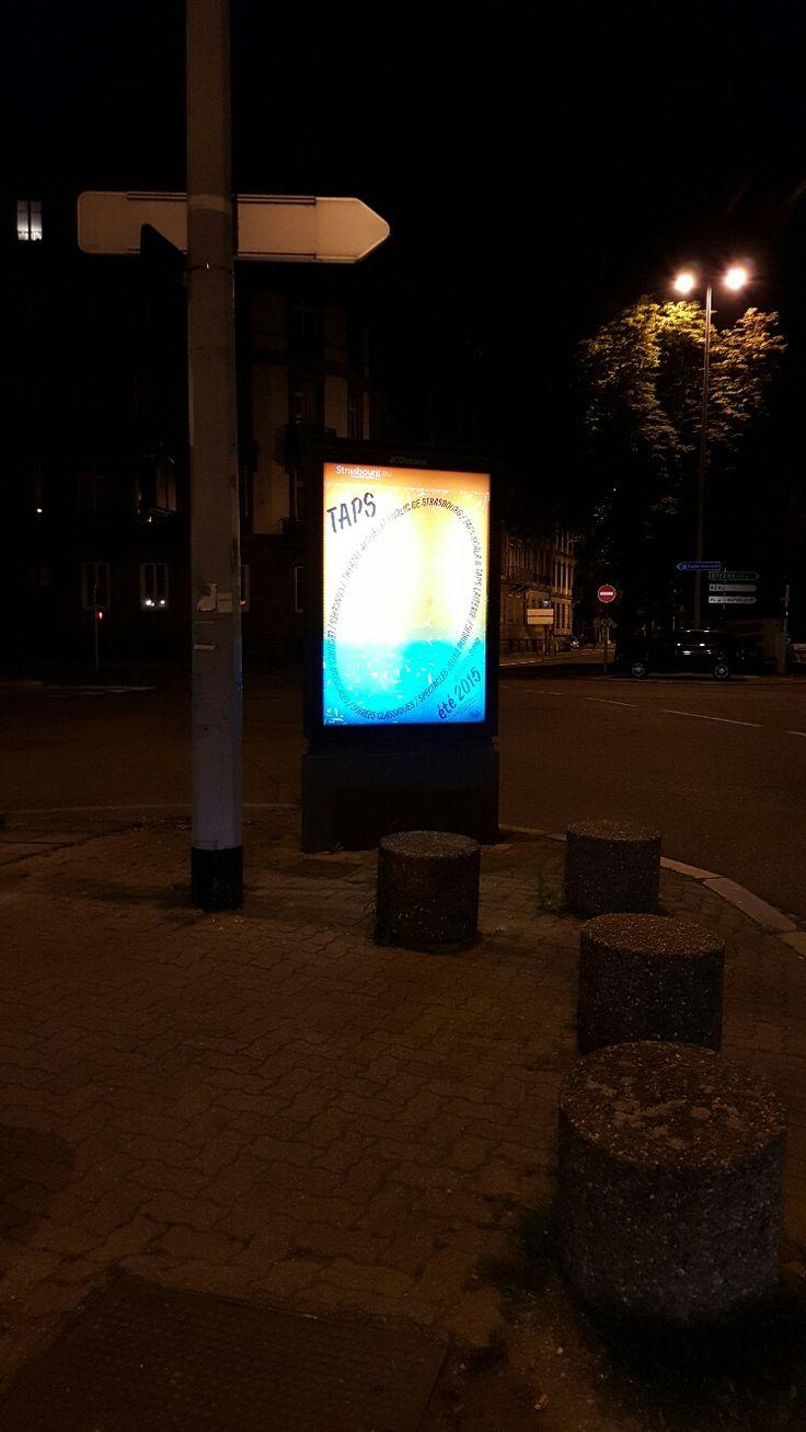 Campagne d'affichage public pour le TAPS, théâtre actuel de Strasbourg.