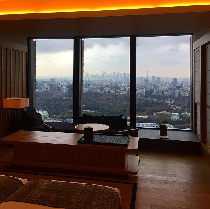 Вид на Токио из номера отеля Аман