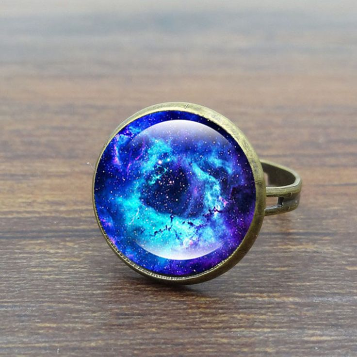 Vintage female ring Galaxy Space Glass Cabochon Fashion Jewelry Ancient bronze Adjustable Rings for Women Gifts