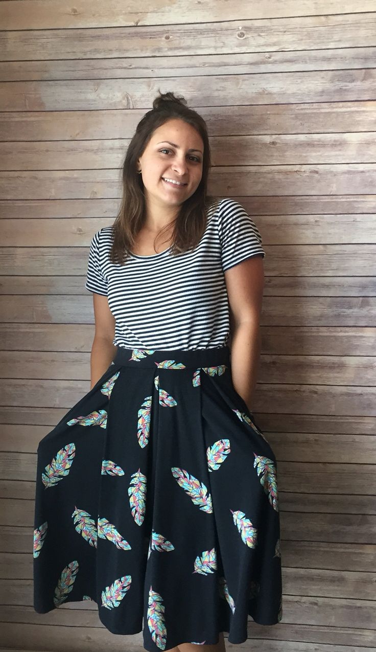 LuLaRoe Madison Skirt with pockets!! Facebook.com/groups/francescatovar