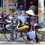 sales vegetarable vendors on the street. http://www.chaudoctravel.com/2013/03/chau-doc-travel-photos-2012/